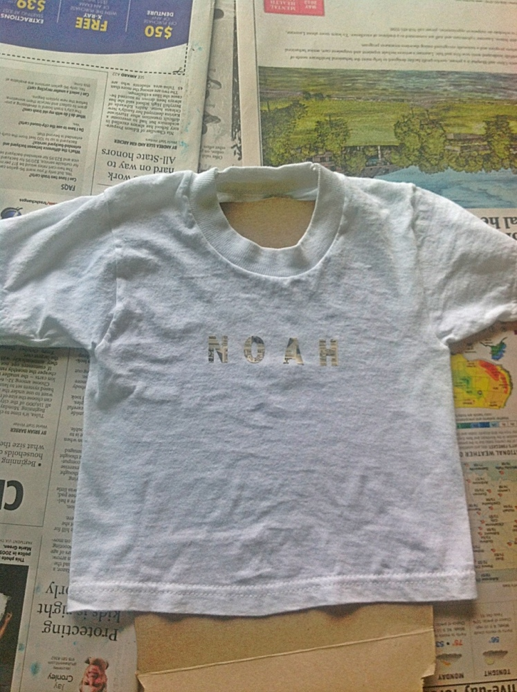 Make Your Own Fabric Spray Paint (3/6)