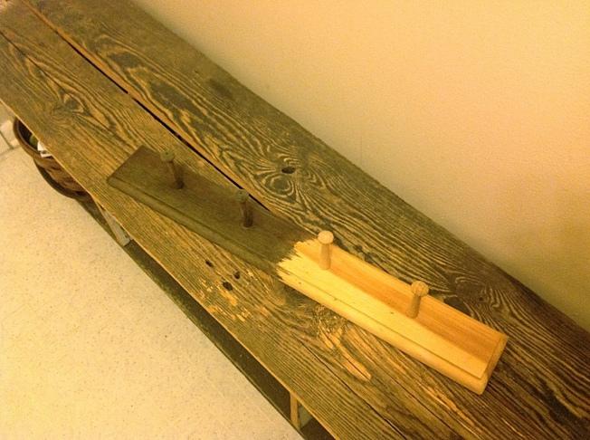 Устаривание дерева с помощью стальной мочалки, кофе и уксуса. Винтажная морилка. Мастер-классы
