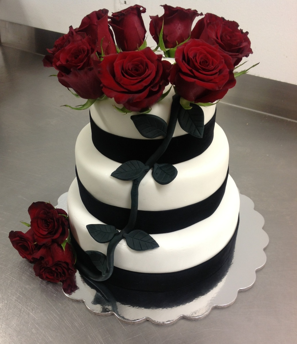 wedding cake black and red white black and my blessed 22013