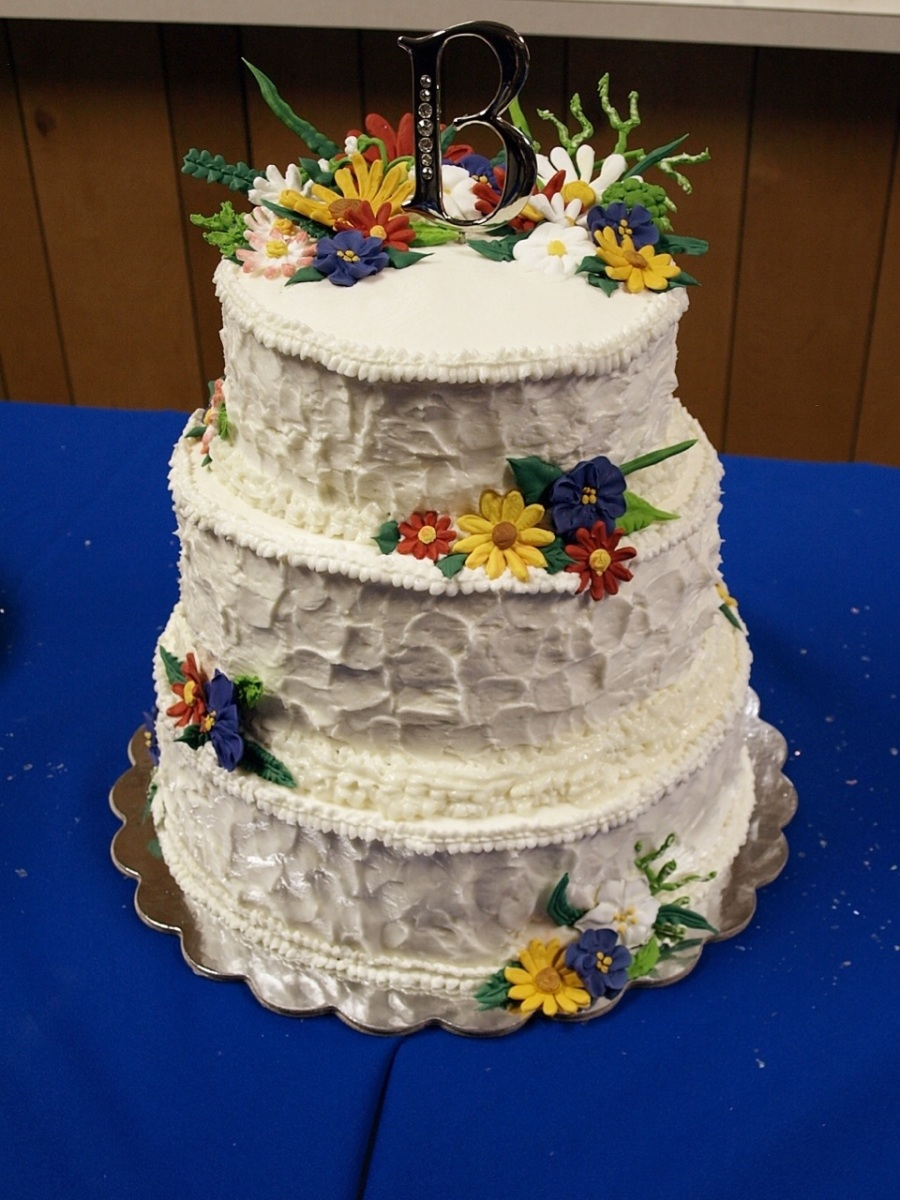 wildflower wedding cake ideas wildflower wedding cake my blessed 27480