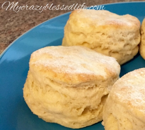 How to Make Fluffy FlakyBiscuits